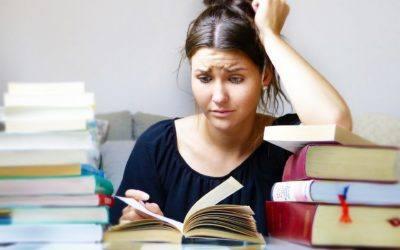 books Pixabay silviarita 400x250 - Krankenversicherung-Berufsunfähigkeitsversicherung-Leipzig-Sachsen