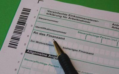 Steuererklaerung 400x250 - Krankenversicherung-Berufsunfähigkeitsversicherung-Leipzig-Sachsen
